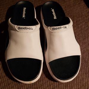 Ladies sandal flip flop